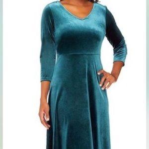 Dark emerald velvet holiday dress